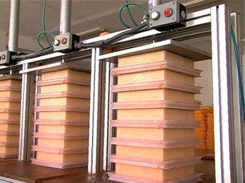 Линия по производству панельного фильтра 4